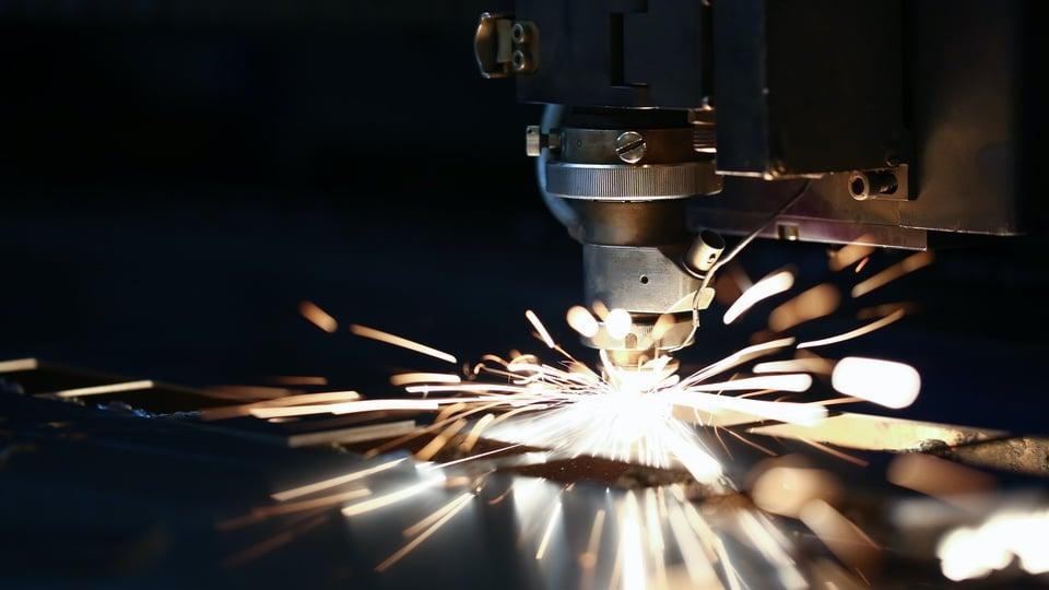 five-axis-laser-cutting-machine-metal-fabrication